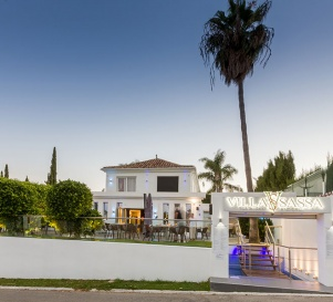 Commercial Property in Estepona – Currently Operated by Villa Sassa Restaurant